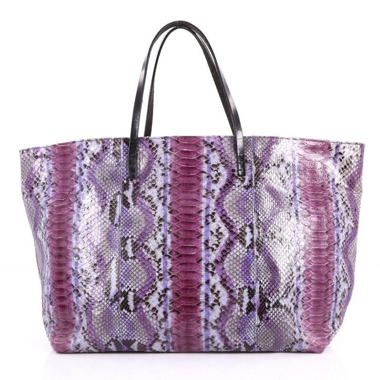 Fendi Matrioska Tote Python Large In Good Condition For Sale In New York 0e0a36fc4f0bf