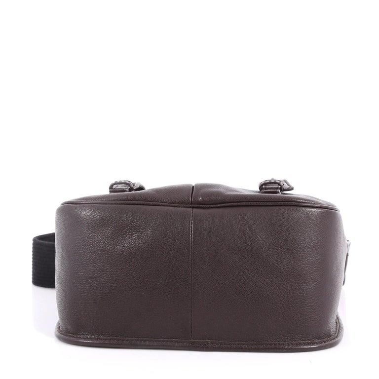 Women s or Men s Bottega Veneta Gardena Messenger Bag Cervo Leather with  Intrecciato Detail Small For Sale 7ccd3bb0cd