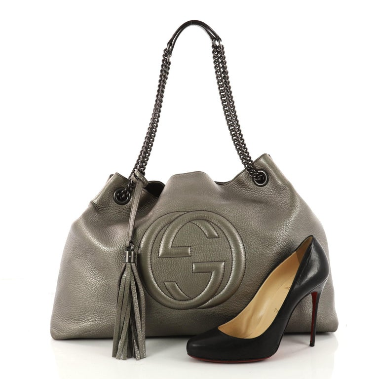This Authentic Gucci Soho Chain Strap Shoulder Bag Leather Large Is Simple Yet Stylish In Design