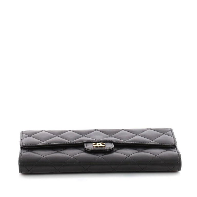 9430d3c4f65c Women s or Men s Chanel CC Gusset Classic Flap Wallet Quilted Lambskin Long  For Sale