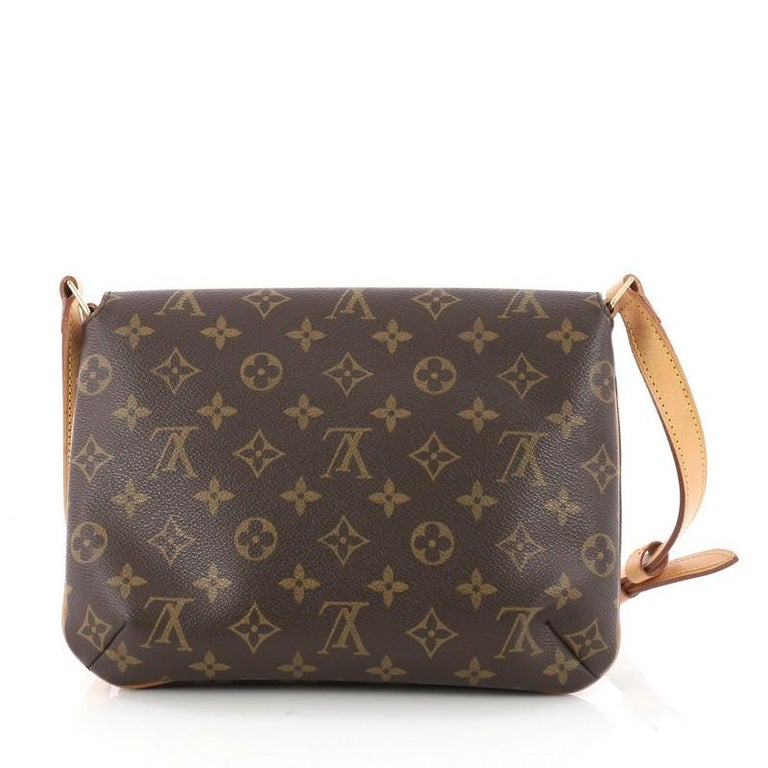 c9a2275ee9b1 Louis Vuitton Musette Tango Handbag Monogram Canvas In Good Condition For  Sale In New York