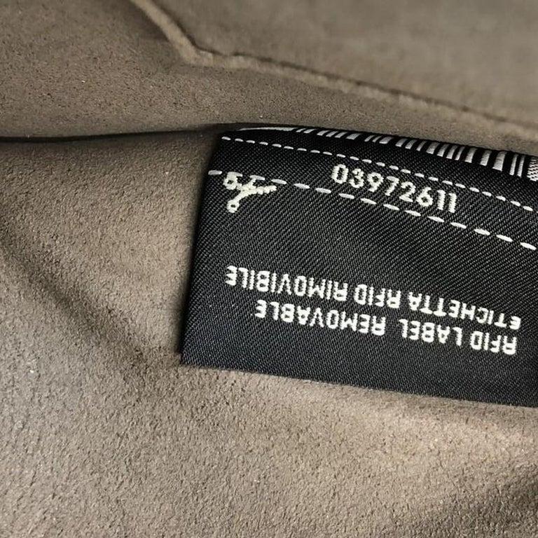 Fendi Kan I F Shoulder Bag Leather Medium For Sale 2
