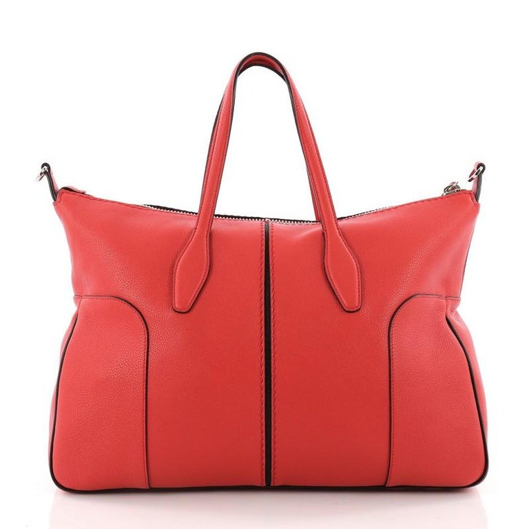 Tod's Piccolo Tote Leather Medium In Good Condition For Sale In New York, NY