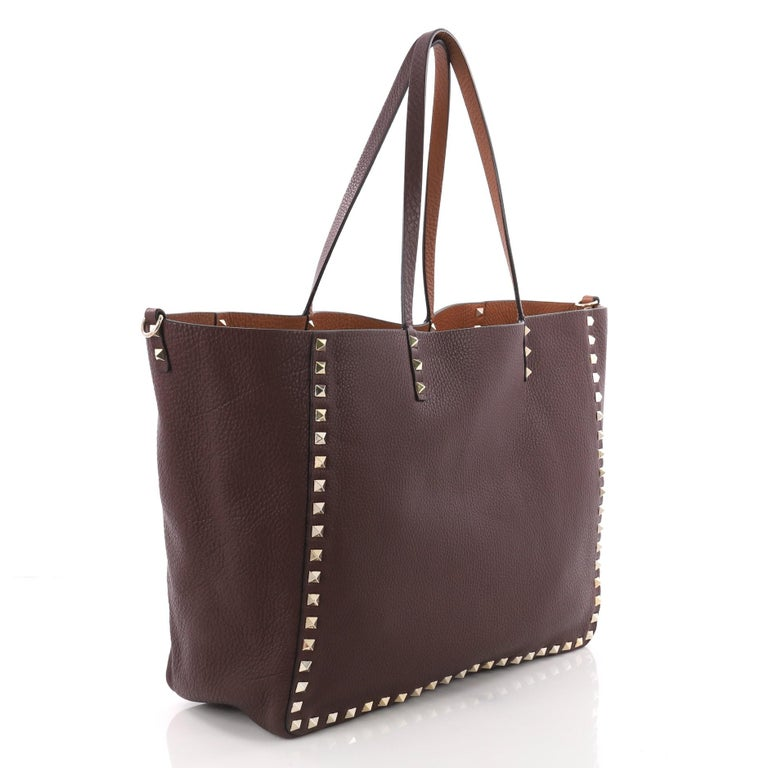 e7b60aaa22ad Valentino Rockstud Reversible Convertible Tote Leather Medium In Excellent  Condition For Sale In New York