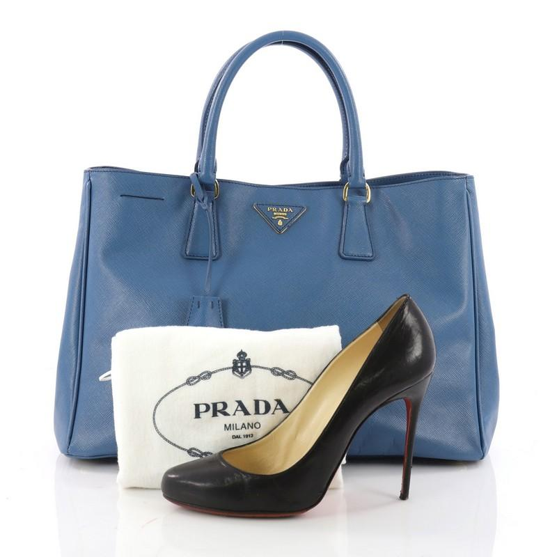 f77e8e26b6de2 ... new zealand this authentic prada lux open tote saffiano leather large  is elegant in its simplicity