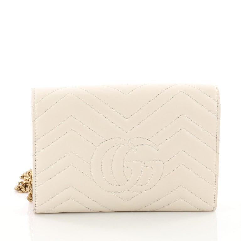 bc898555fc0d Gucci GG Marmont Chain Wallet Matelasse Leather Mini In Good Condition For  Sale In New York