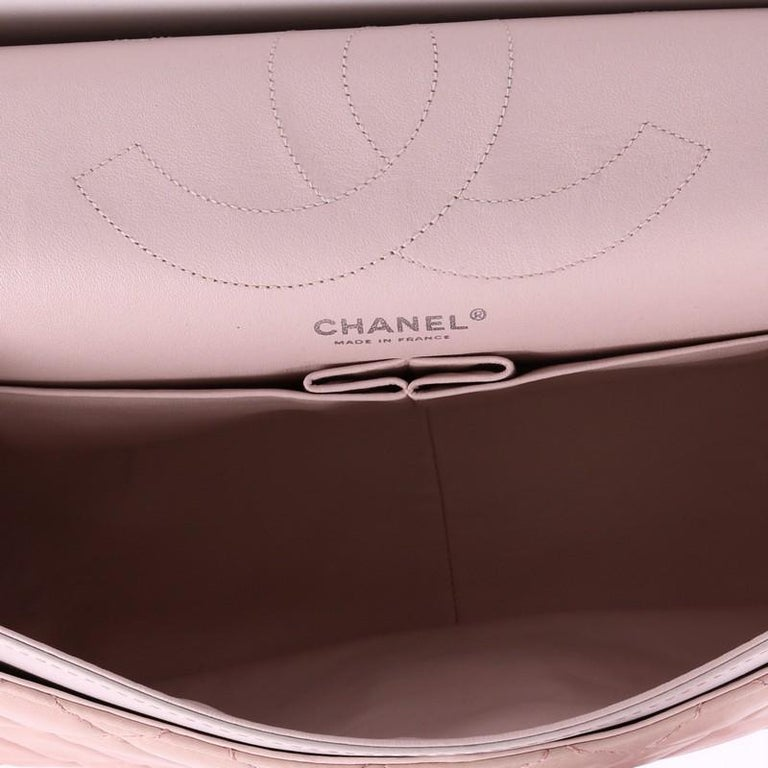 Chanel Reissue 2.55 Handbag Quilted Ombre Lambskin 227 For Sale 1