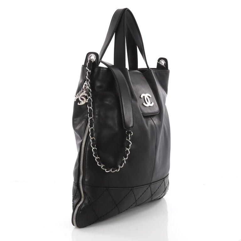 Black Chanel Expandable Ligne Messenger Bag Leather Large For Sale 54471e4531ca4