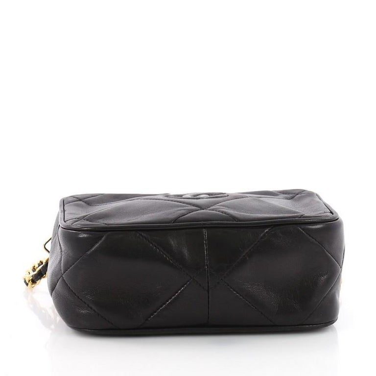 d21ed0220be2 Women's or Men's Chanel Vintage Diamond CC Camera Bag Quilted Leather Small  For Sale
