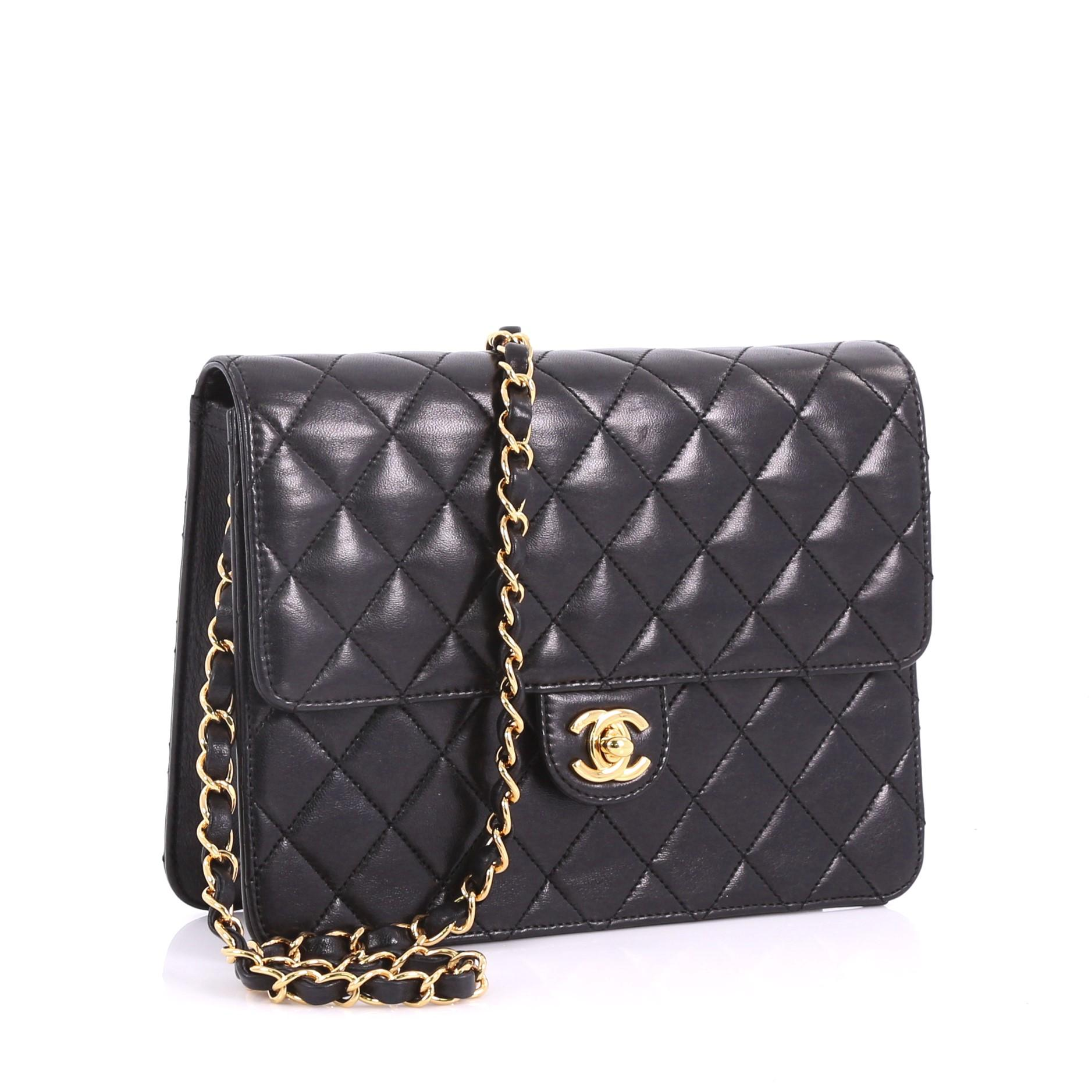 7c35ed9664cc Chanel Vintage Clutch with Chain Quilted Leather Small For Sale at 1stdibs