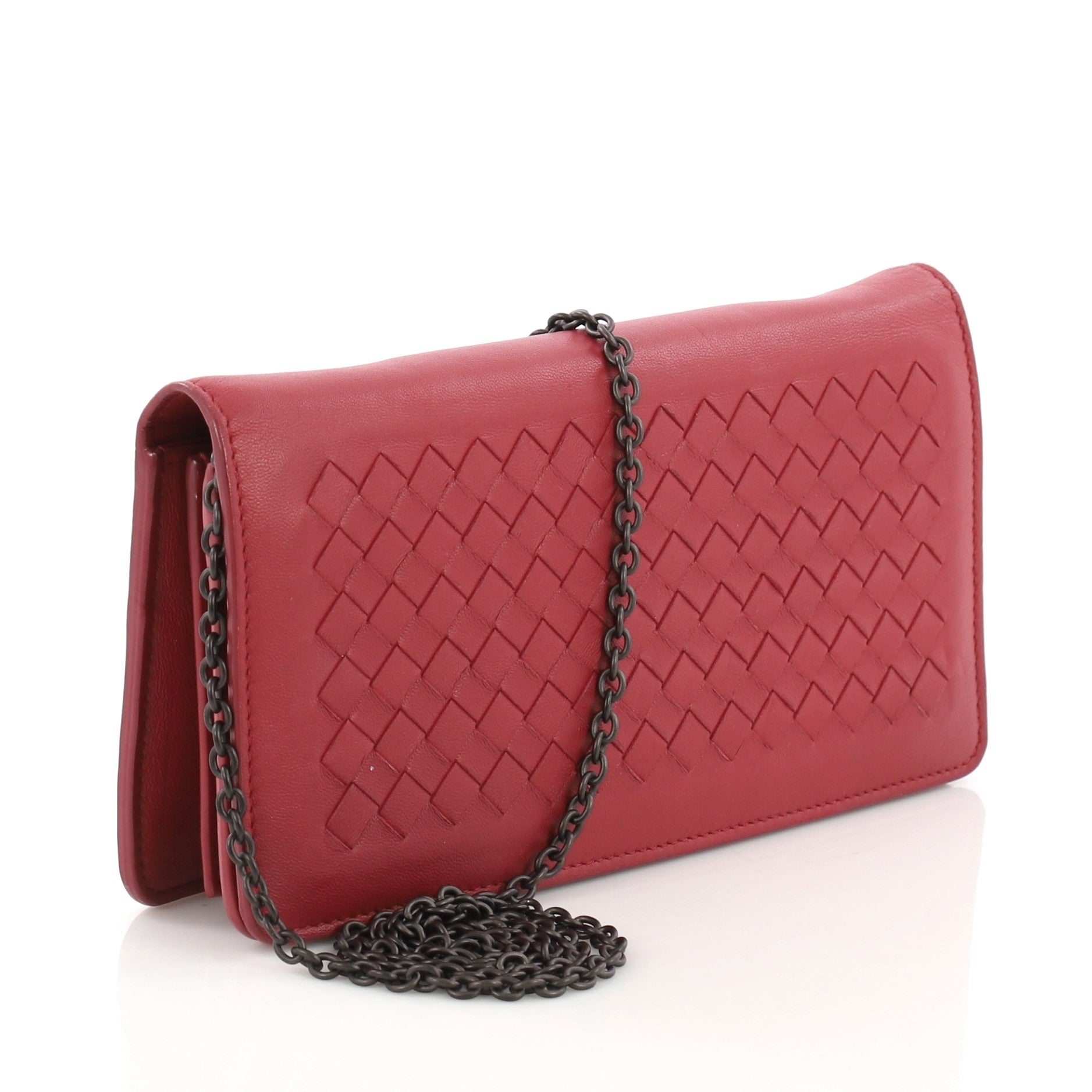 40d6fba07ce83 Bottega Veneta Wallet on Chain Intrecciato Nappa For Sale at 1stdibs