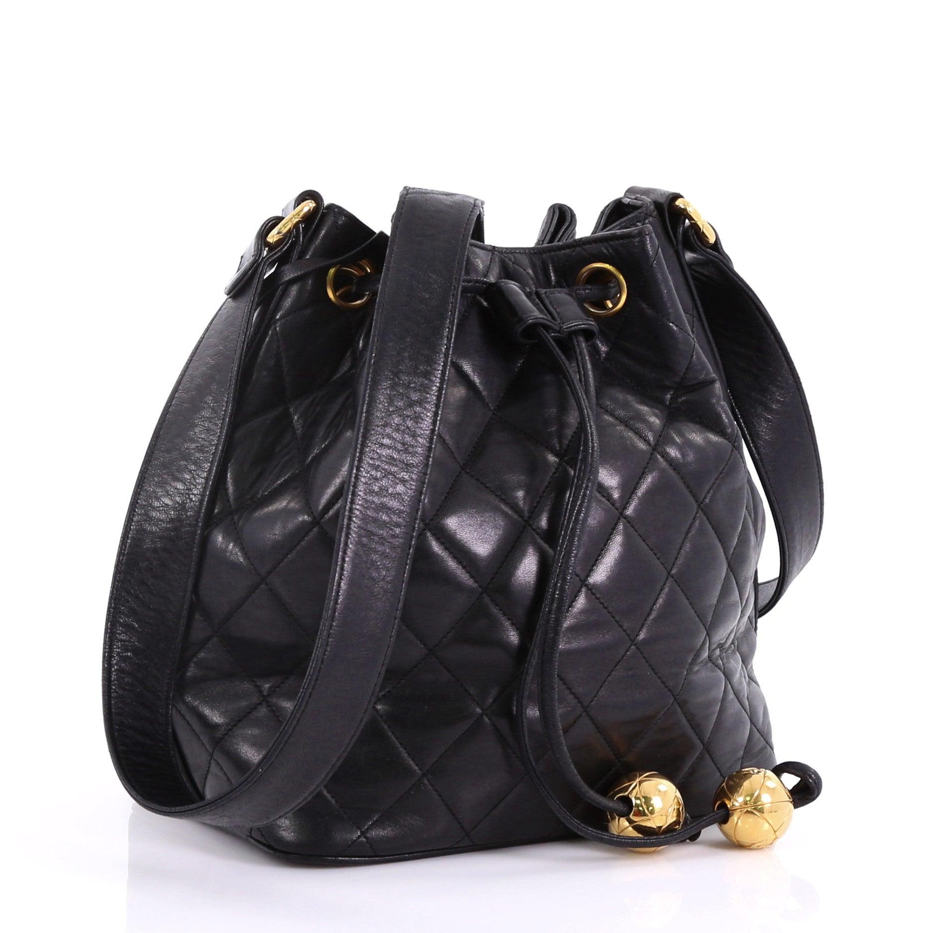 1da0391400ef86 Chanel Vintage Drawstring Bucket Bag Quilted Lambskin Small at 1stdibs