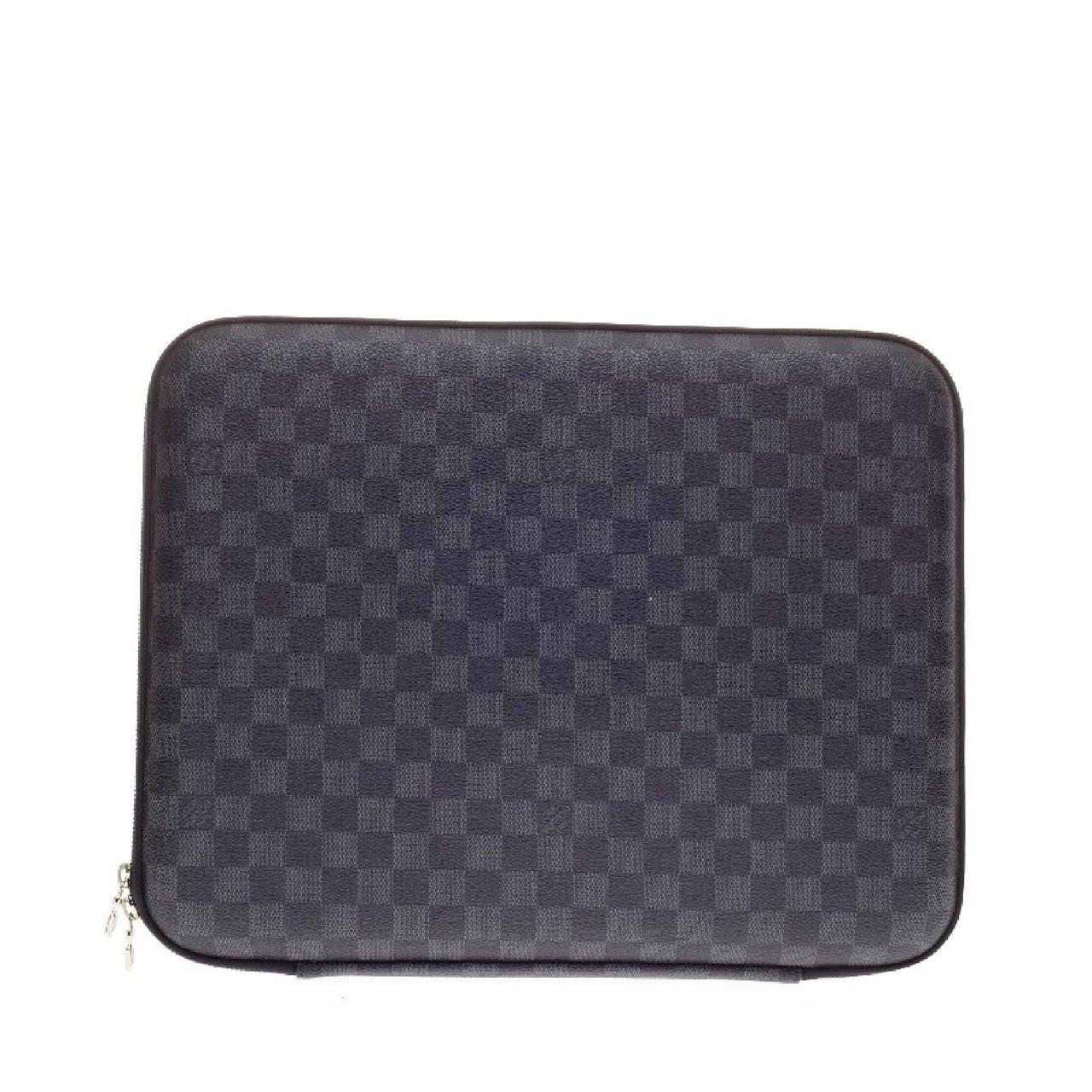 best loved db1f1 607e2 Louis Vuitton Laptop Sleeve Damier Graphite Canvas 15