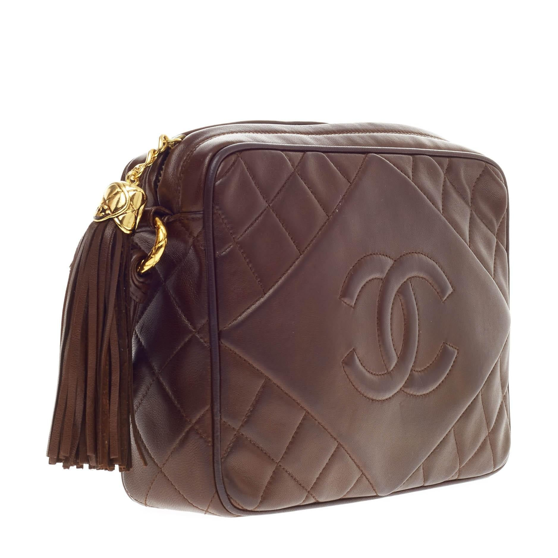 cef6403099ae Chanel Vintage Diamond CC Camera Bag Quilted Leather Medium at 1stdibs