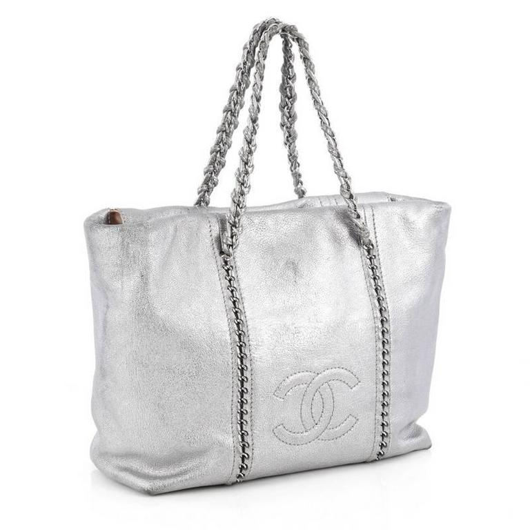 ecd6c2d17345 Gray Chanel Luxe Ligne ZIp Top Tote Calfskin Large For Sale