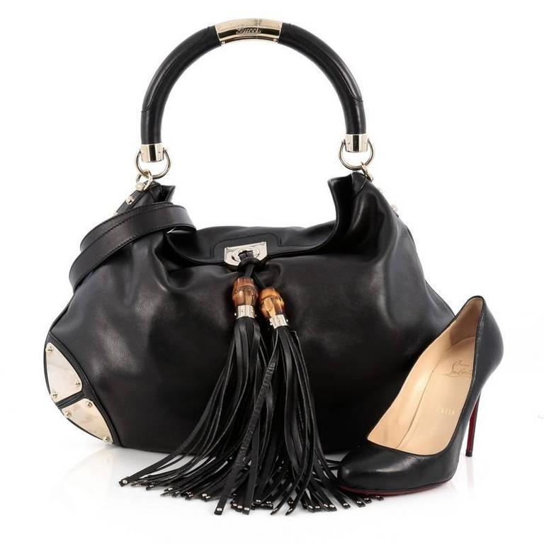 This Authentic Gucci Indy Hobo Leather Large Showcases The Brand S Classic Design With Luxurious Detailing Adding