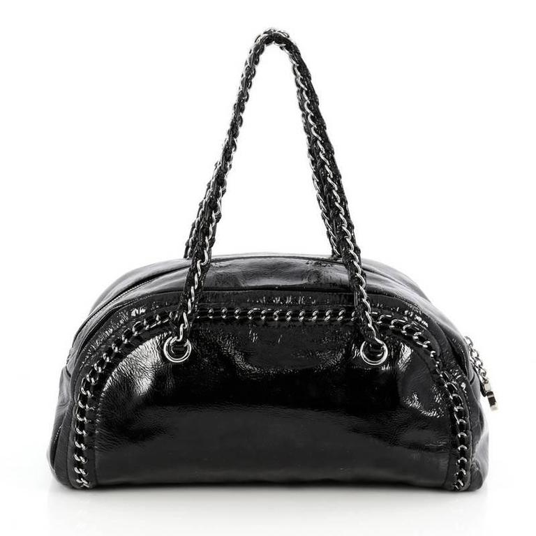 Chanel Luxe Ligne Bowler Bag Patent Medium In Good Condition For Sale In  New York, 072c3fbe5a