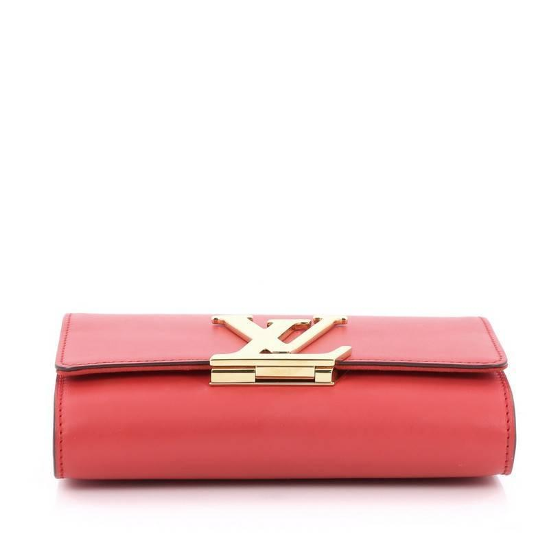 844811c61efa Louis Vuitton Chain Louise Clutch Leather MM at 1stdibs