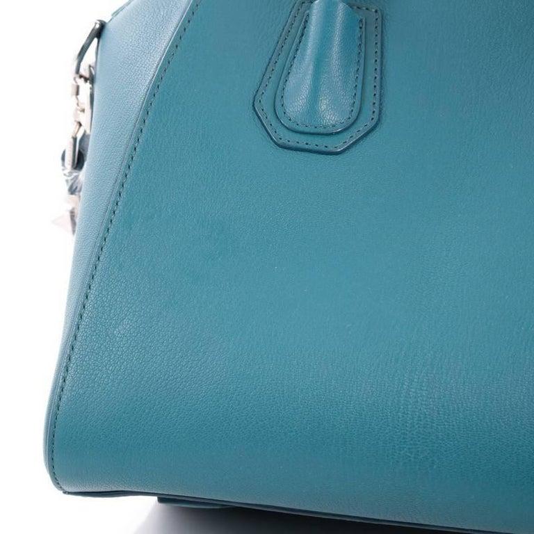 Givenchy Antigona Bag Leather Small For Sale 1