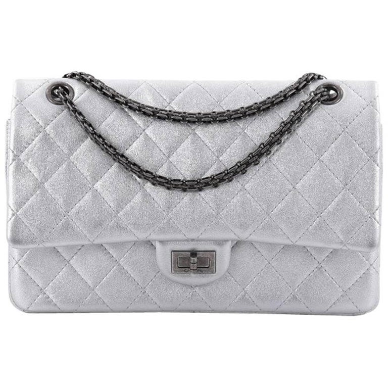 6b61f823efd5 Chanel Reissue 2.55 Handbag Quilted Lambskin 226 at 1stdibs