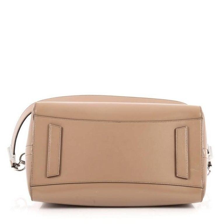 Women's or Men's Givenchy Antigona Bag Glazed Leather Medium For Sale