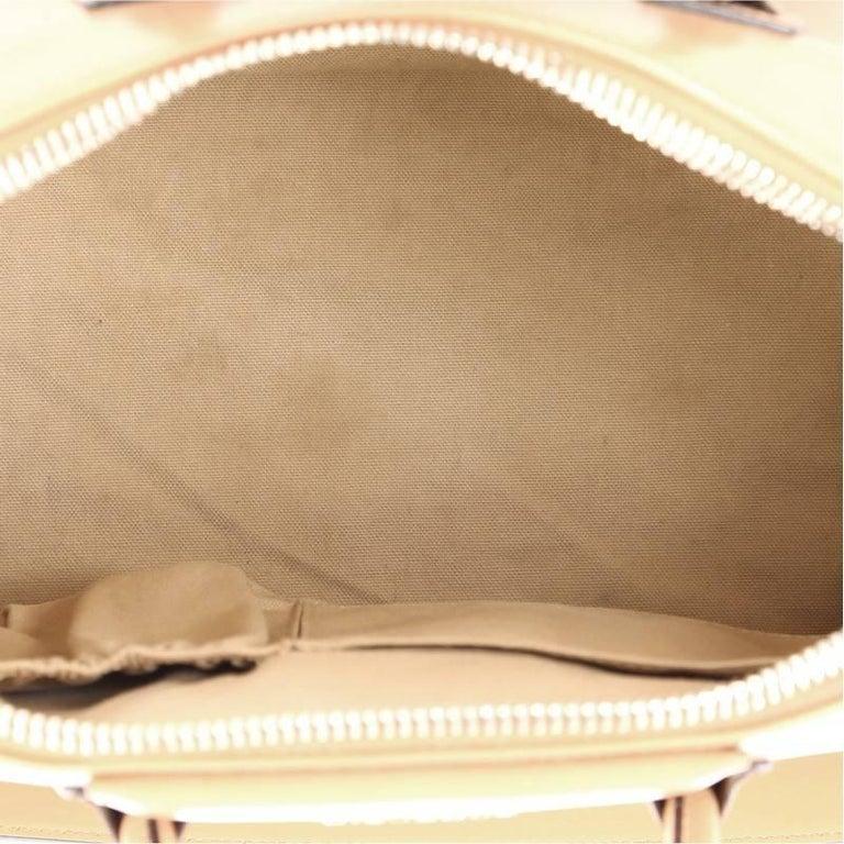Givenchy Antigona Bag Glazed Leather Medium For Sale 1