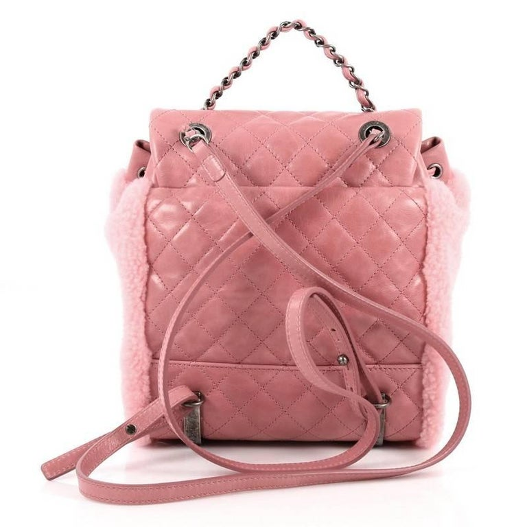 Chanel Mountain Backpack Shearling with Quilted Calfskin Small In Good  Condition For Sale In New York 3b3f01f89d701