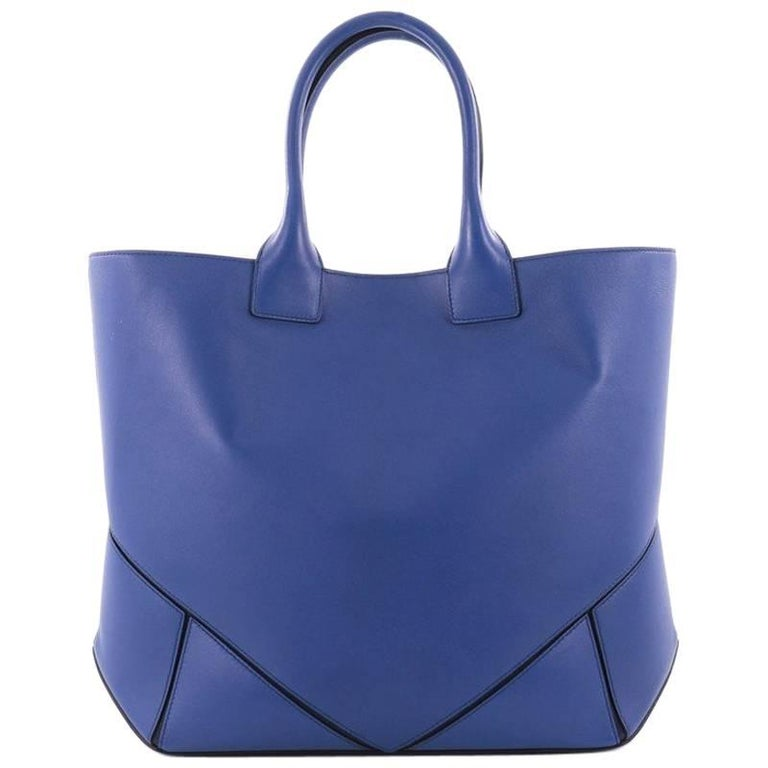 Givenchy Easy Tote Leather Medium