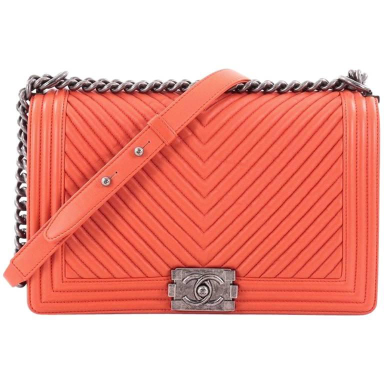 c7a12deb33f6 Chanel Boy Flap Bag Chevron Calfskin New Medium at 1stdibs