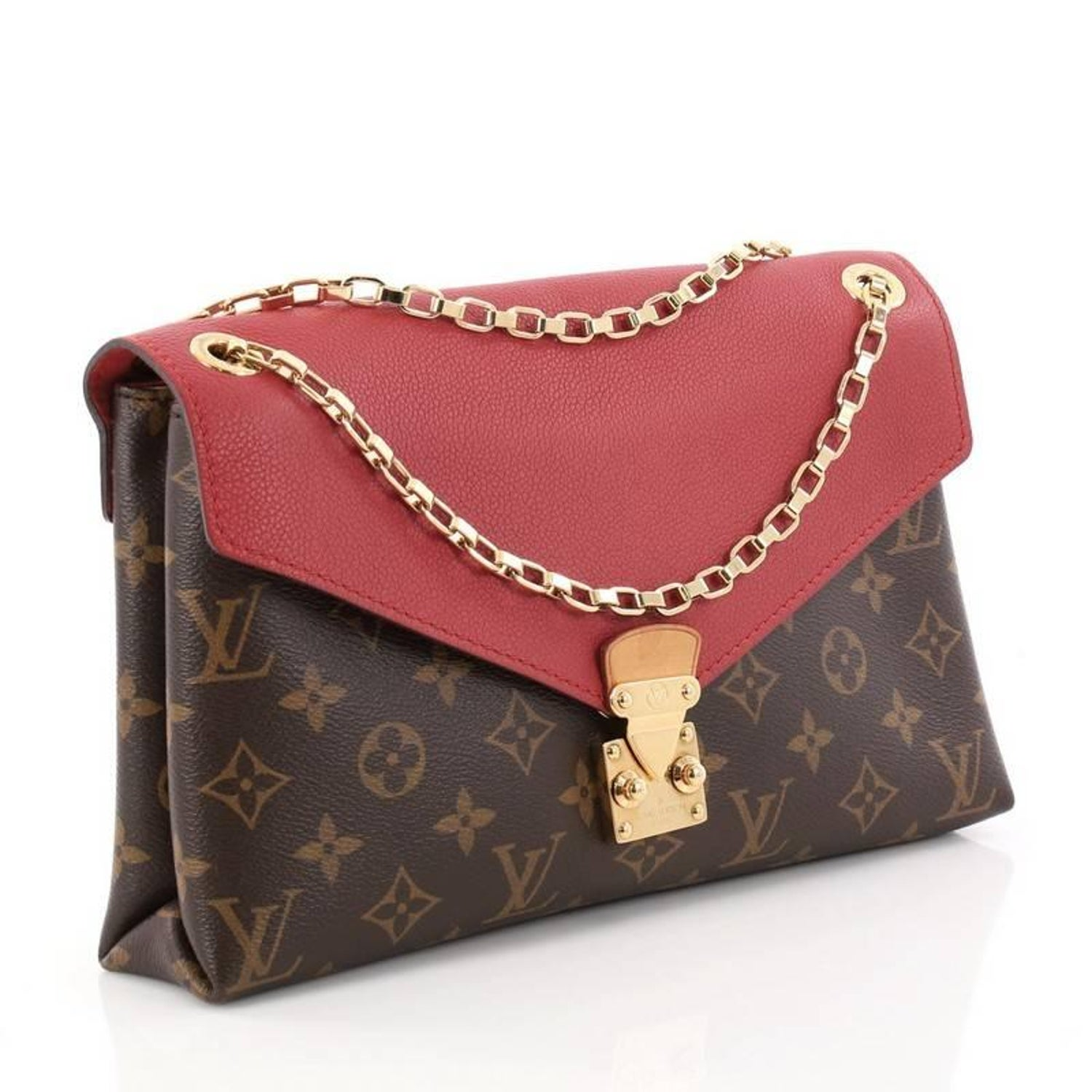 Louis Vuitton Pallas Chain Shoulder Bag Monogram Canvas and Calf Leather at  1stdibs
