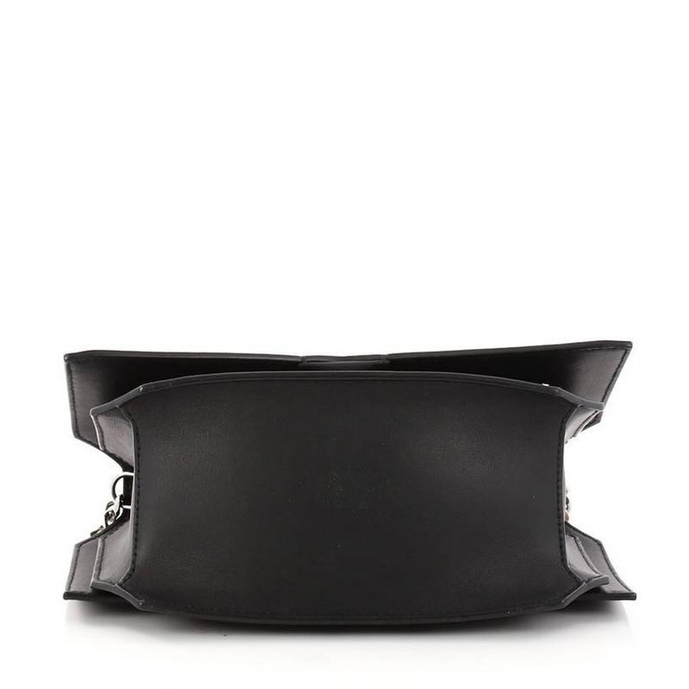 36eef02d2a5e Women s or Men s Givenchy Bow Cut Chain Crossbody Bag Studded Leather Mini  For Sale