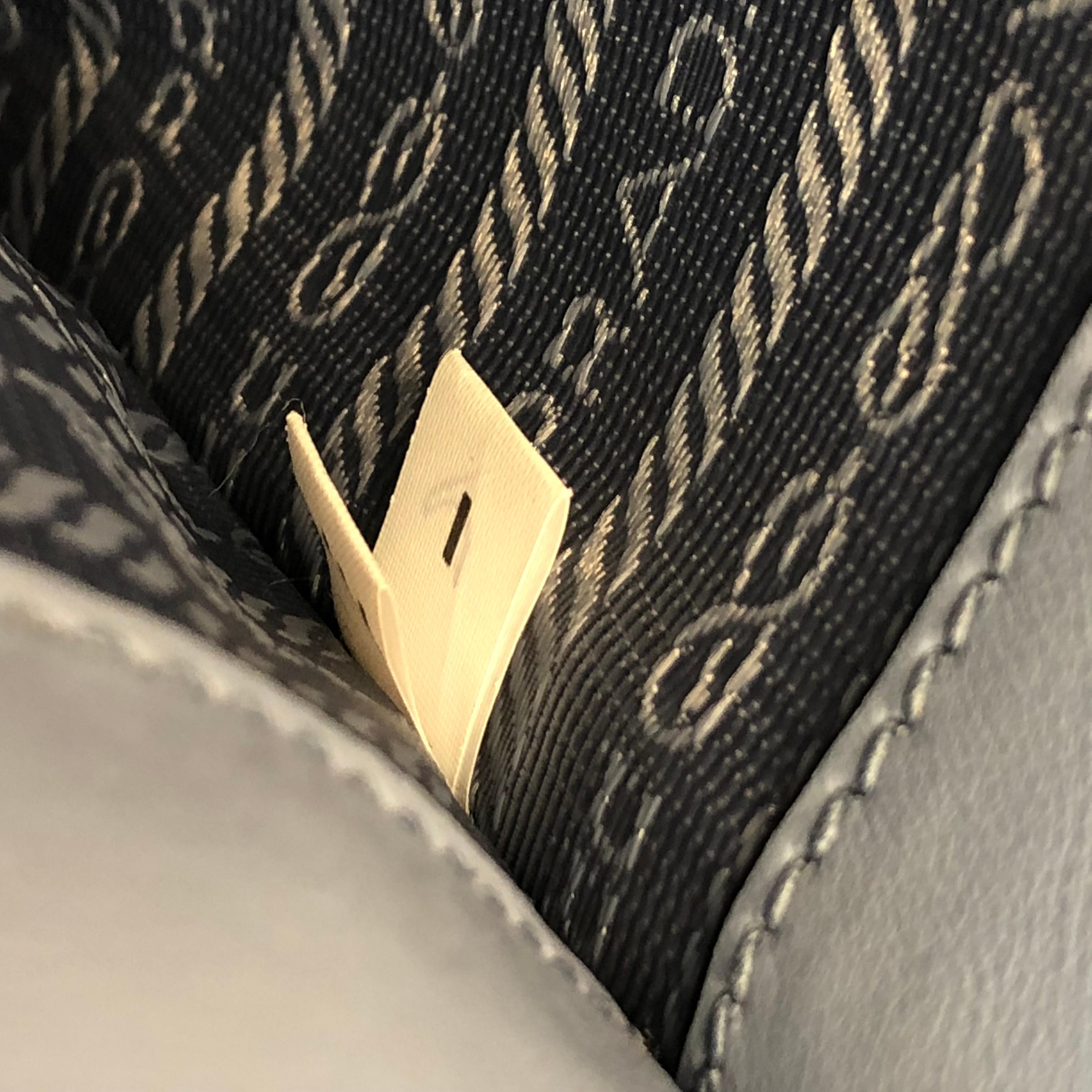 744db56e3c9e ... norway prada monochrome tote saffiano leather with city calfskin small  for sale 3 bb8a3 3ab29
