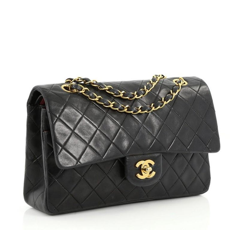 187bd96d3fdd Chanel Vintage Classic Double Flap Bag Quilted Lambskin Medium In Good  Condition For Sale In New