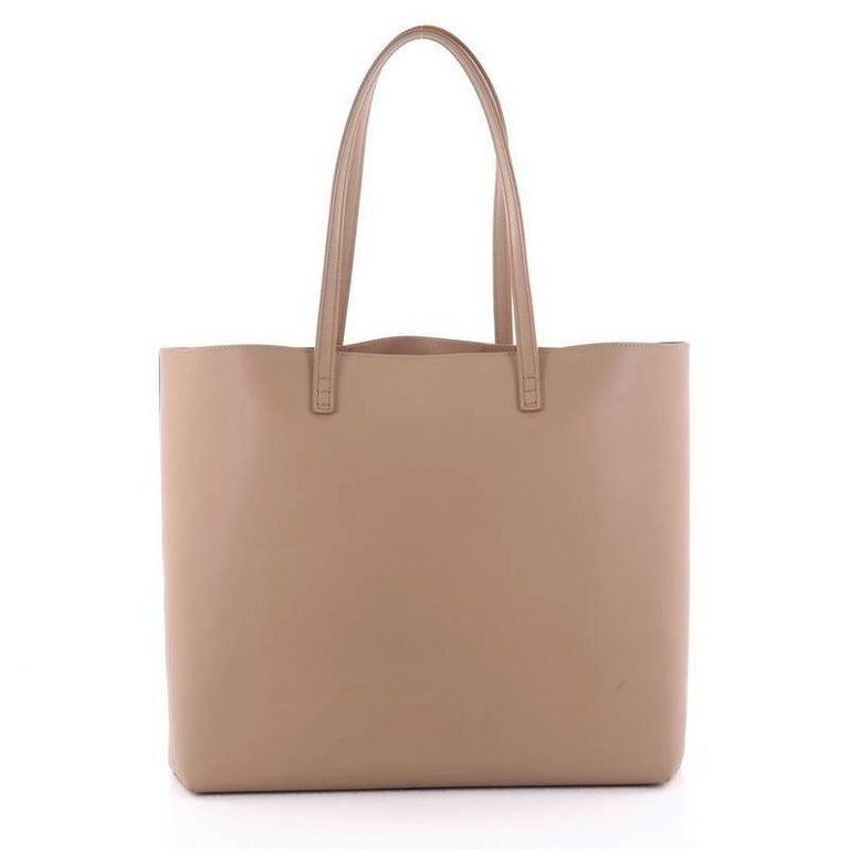 Fendi Faces Roll Tote Embellished Leather Large In Good Condition For Sale In New York, NY