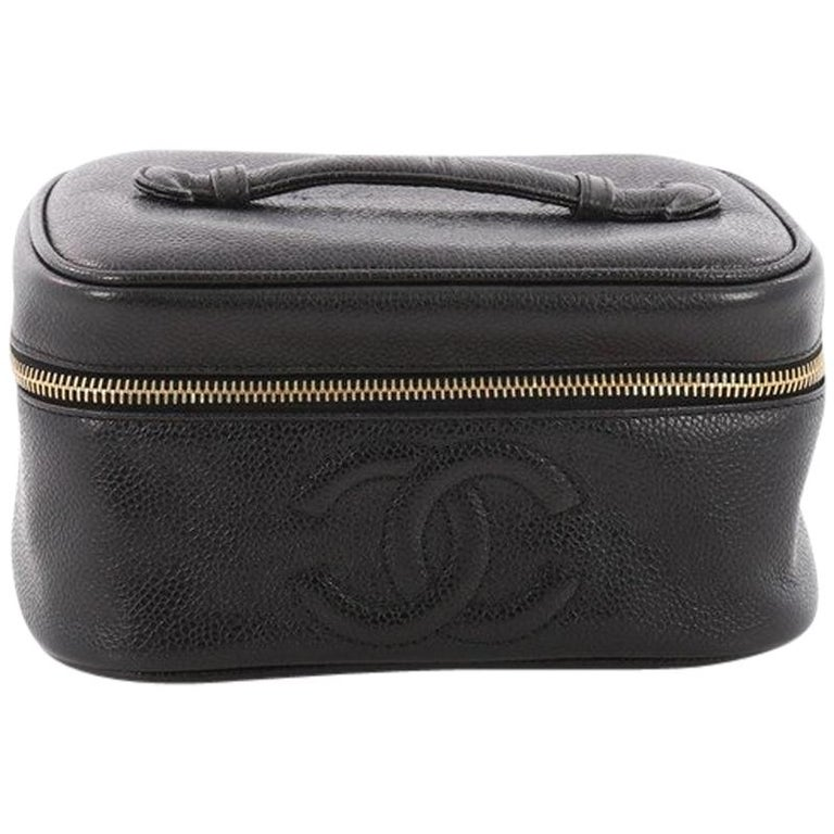 39e3f2a2a724ed Chanel Vintage CC Cosmetic Case Caviar at 1stdibs