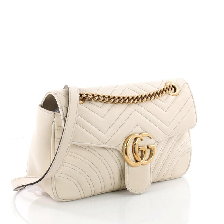 ab243c78eaa9 Gucci GG Marmont Flap Bag Matelasse Leather Small In Good Condition For Sale  In New York