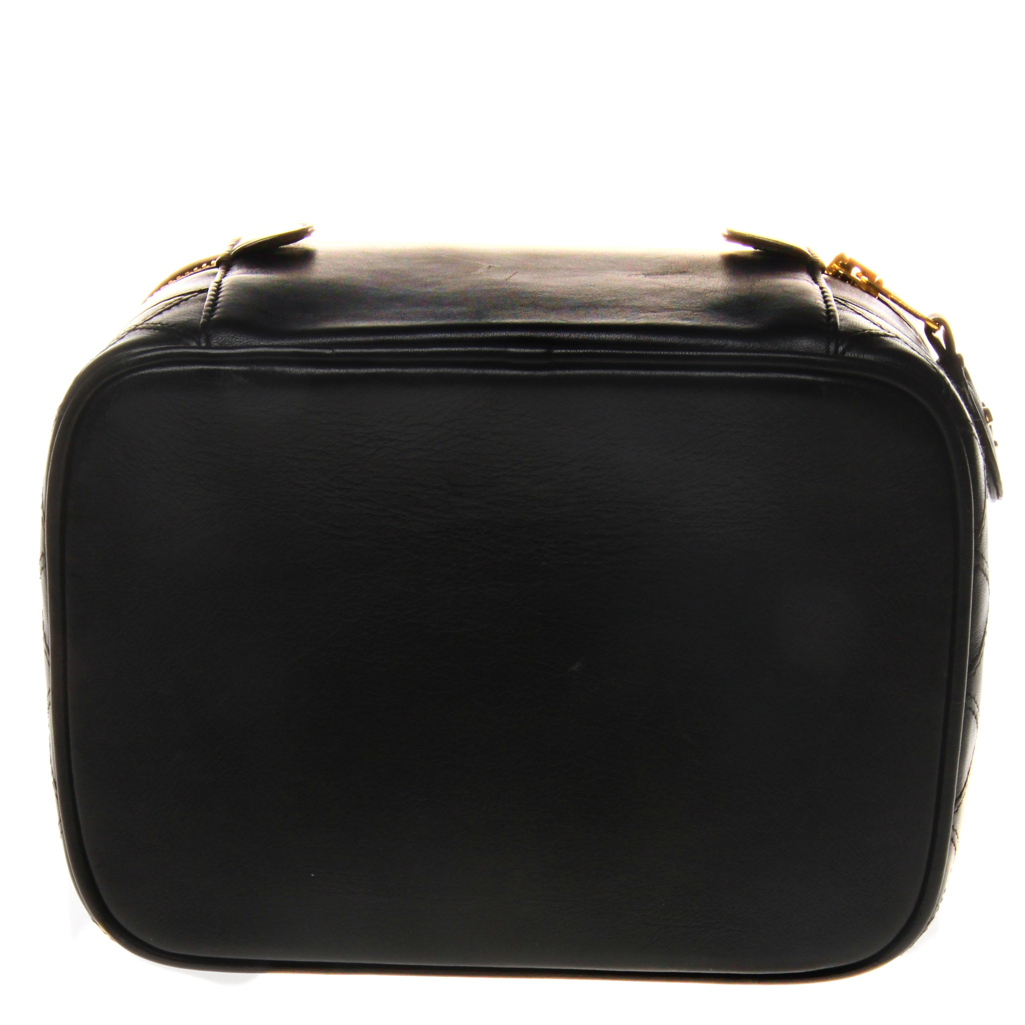 2507600fdf59 Chanel Leather Beauty Vanity Case Bag For Sale at 1stdibs
