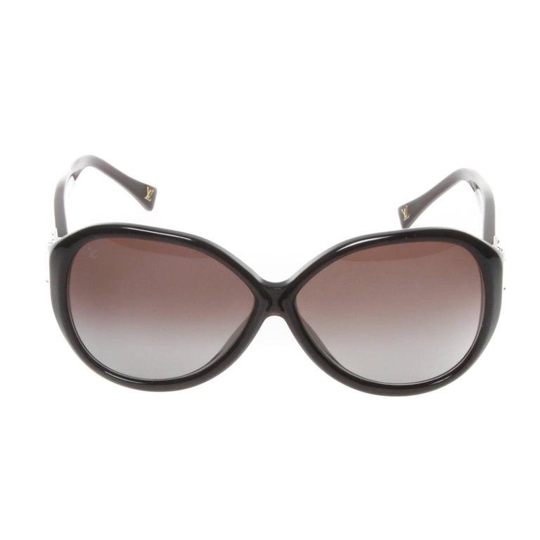 Louis Vuitton Soupçon Oversized Sunglasses