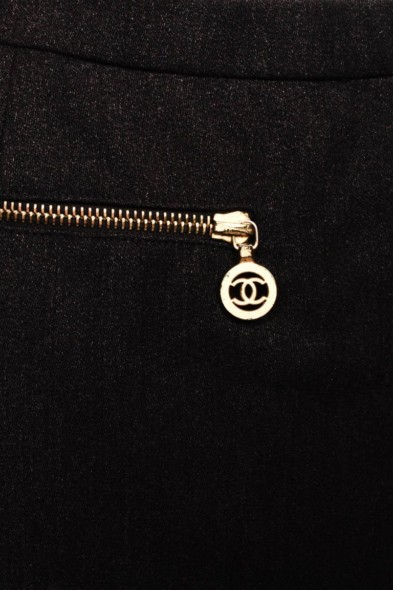 Women's Chanel Boutique Pencil Skirt For Sale