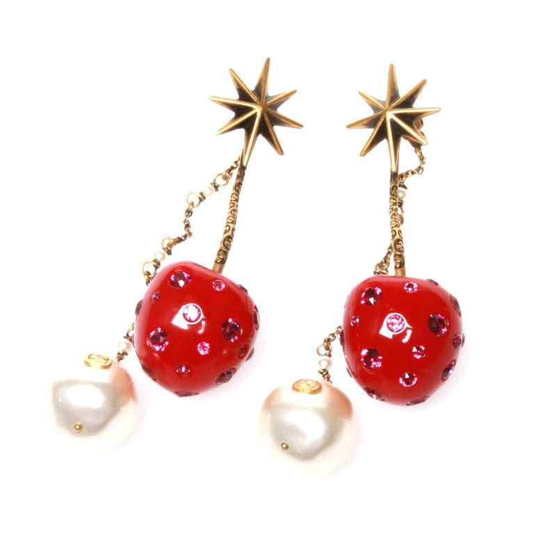 db26aec39 Gucci Cherry Drop Earrings at 1stdibs