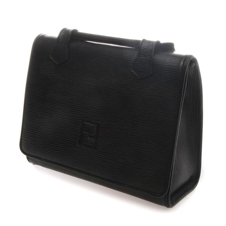 Fendi Black Epi Leather Crossbody Bag In Good Condition For Sale In Melbourne, Victoria
