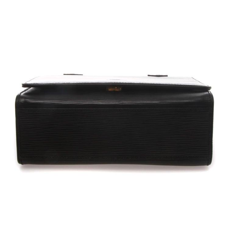 Women's or Men's Fendi Black Epi Leather Crossbody Bag For Sale