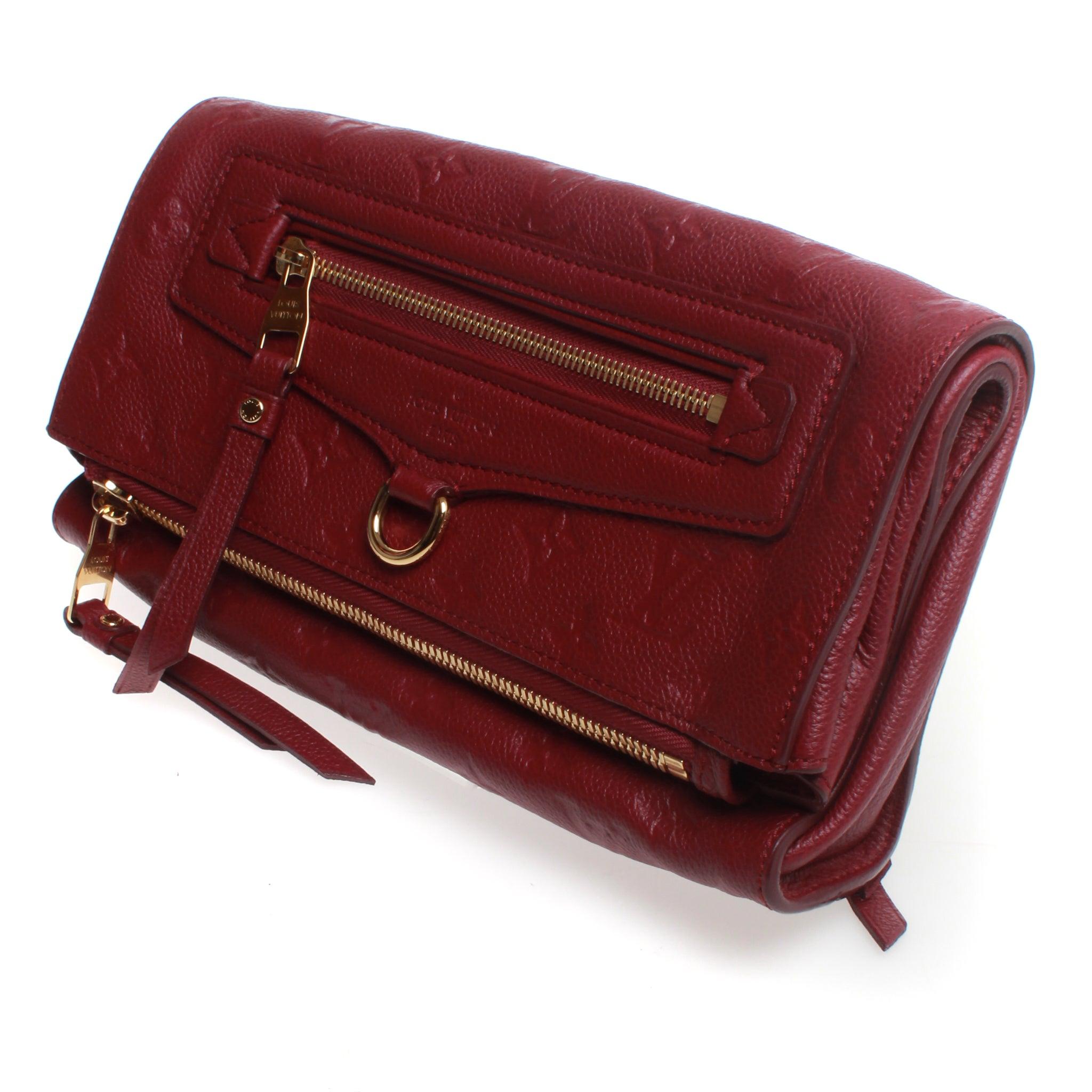 ad5b3fcff161 Louis Vuitton Logo print petillante Clutch Bag at 1stdibs