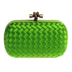 Bottega Veneta knot clutch in apple green