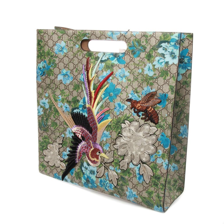 1ca7b0af007cea Unisex ebony and beige GG Supreme coated canvas Gucci XL GG Floral Print  tote with dual