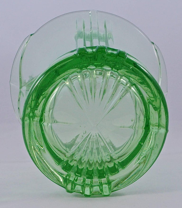 Green Art Deco Pressed Glass Vase with Frog, 1930s  For Sale 2