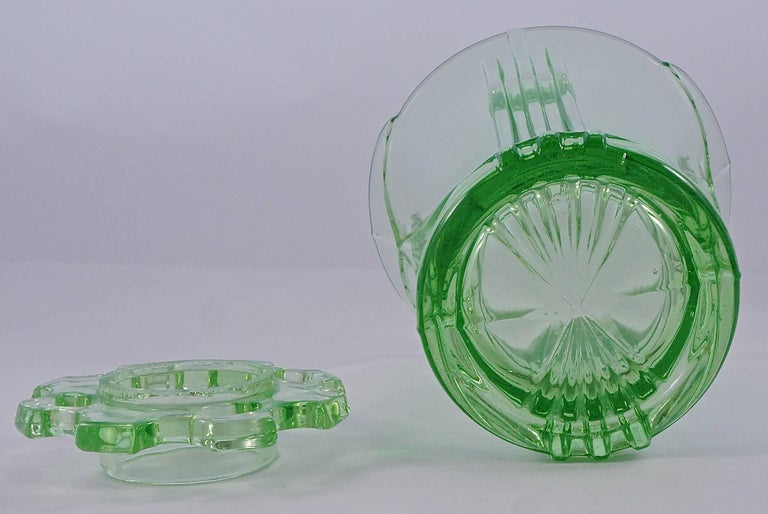 Women's or Men's Green Art Deco Pressed Glass Vase with Frog, 1930s  For Sale