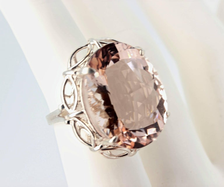 30 Carat Morganite Sterling Silver Ring In Excellent Condition For Sale In Tuxedo Park, NY