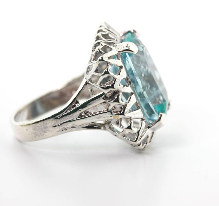 Unique Custom 8.25 Carat Aquamarine Cocktail Ring For Sale 2