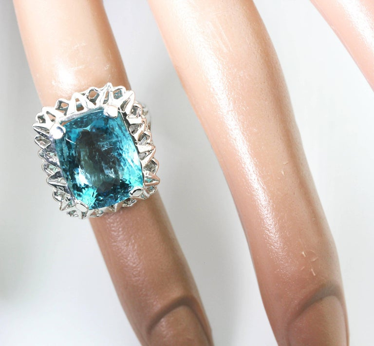 Unique Custom 8.25 Carat Aquamarine Cocktail Ring For Sale 4